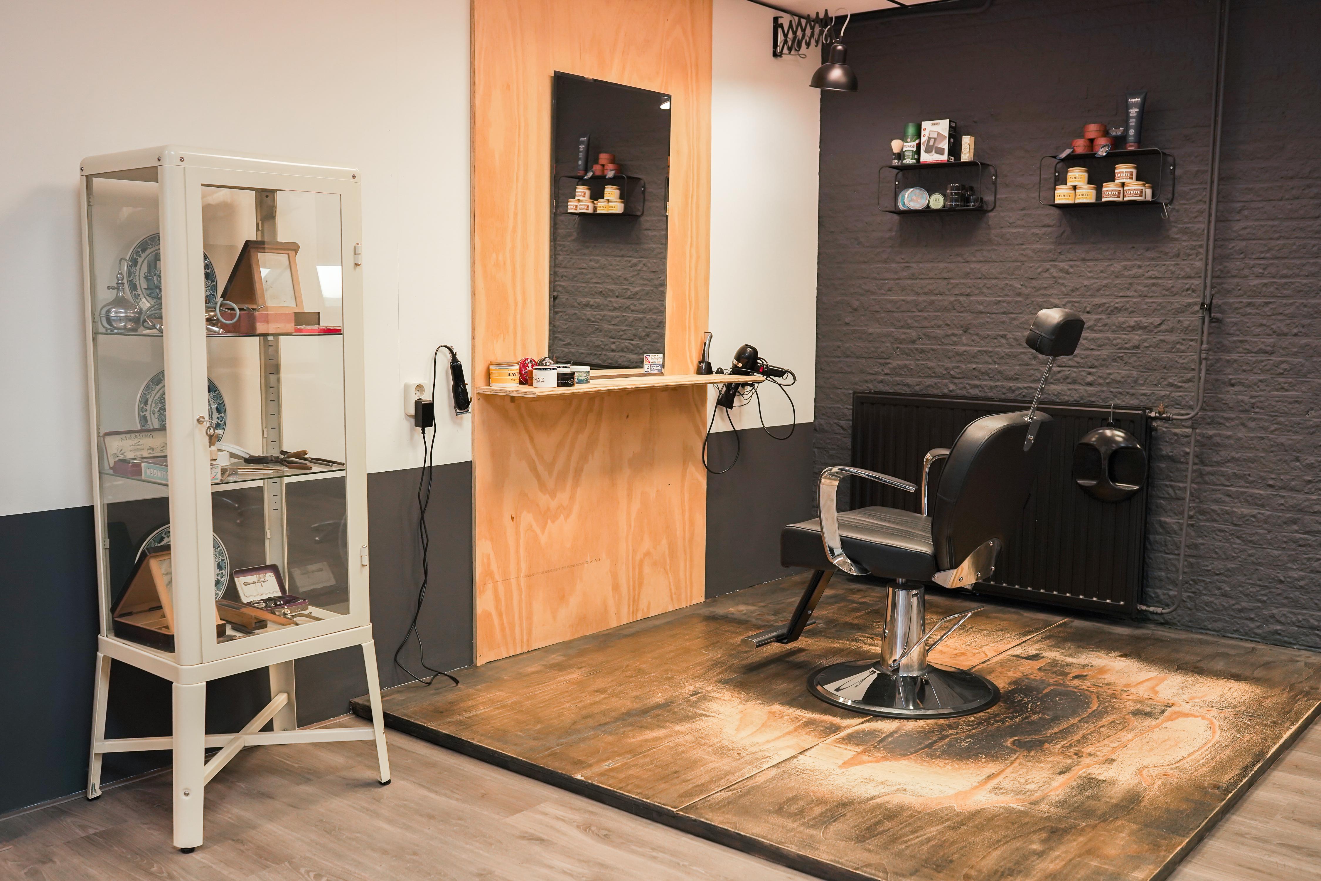 Impressie van het barber knipstation.